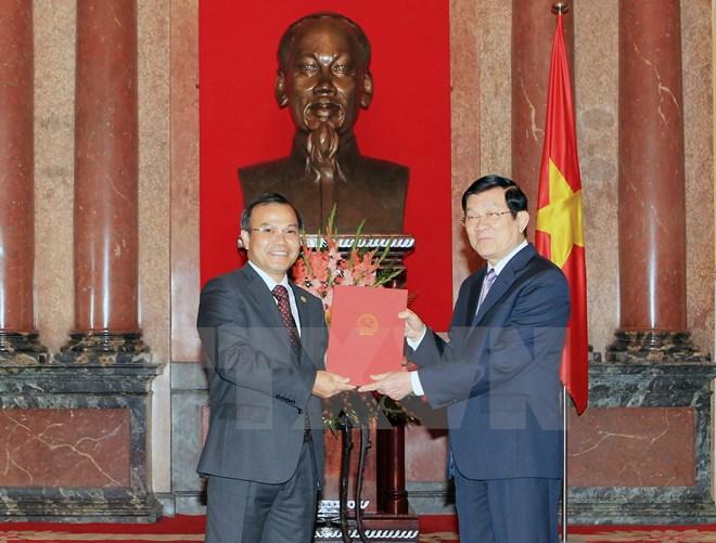 Chủ tịch nước trao quyết định phong hàm cho các Đại sứ 5