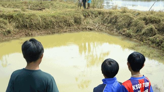 Tắm hồ, 3 học sinh đuối nước thương tâm 5