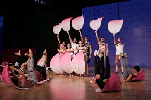 Liveshow 7 Bước nhảy hoàn vũ: 5 cô gái mang quà đặc biệt cho khán giả nhân ngày 8/3  7
