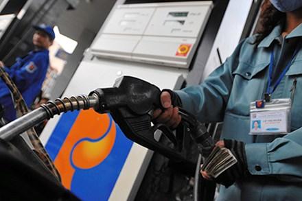 Thực hư tin giá xăng sắp tăng mạnh? 5