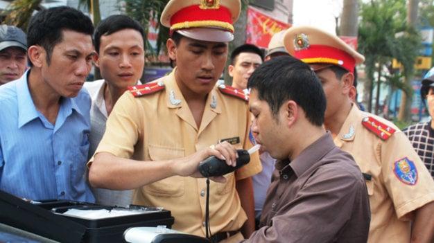 Ông Khuất Việt Hùng: Đi xe Rolls Royce hay Matiz mà vi phạm đều bị tịch thu 5