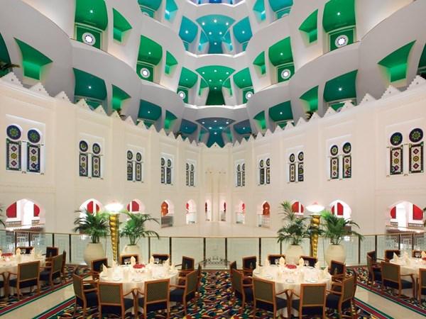 Choàng ngợp khách sạn 7 sao xa xỉ bậc nhất thế giới 18
