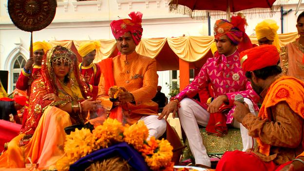 Đám cưới xa hoa như trong cổ tích của hoàng tử Ấn Độ 5