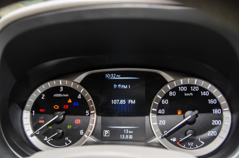 Nissan Navara NP300 ra mắt : Sự trở lại của nhà vua 9