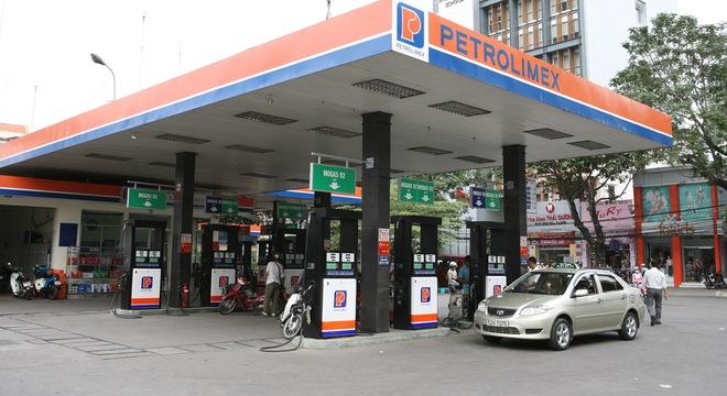 Giá điện vừa tăng, xăng nhấp nhổm 'đòi' tăng theo 6