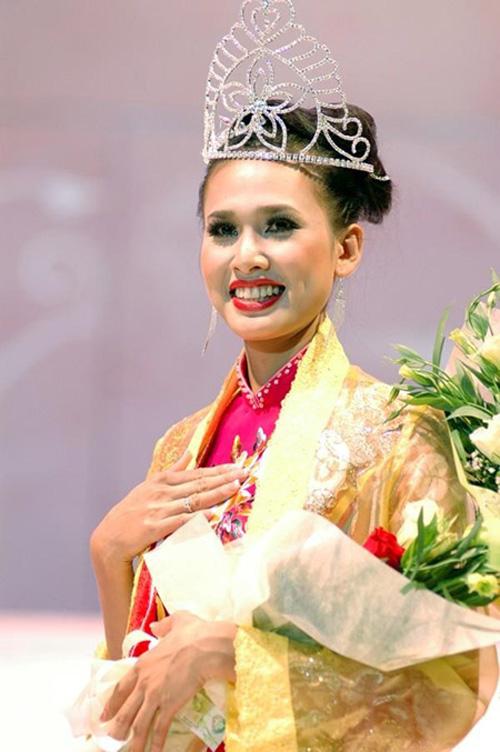Hoa hậu bí mật đăng ký kết hôn với Bằng Kiều là ai? 5