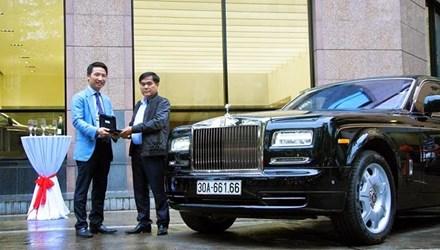 Rolls-Royce Phantom II chính hãng tại Việt Nam đã có chủ 5