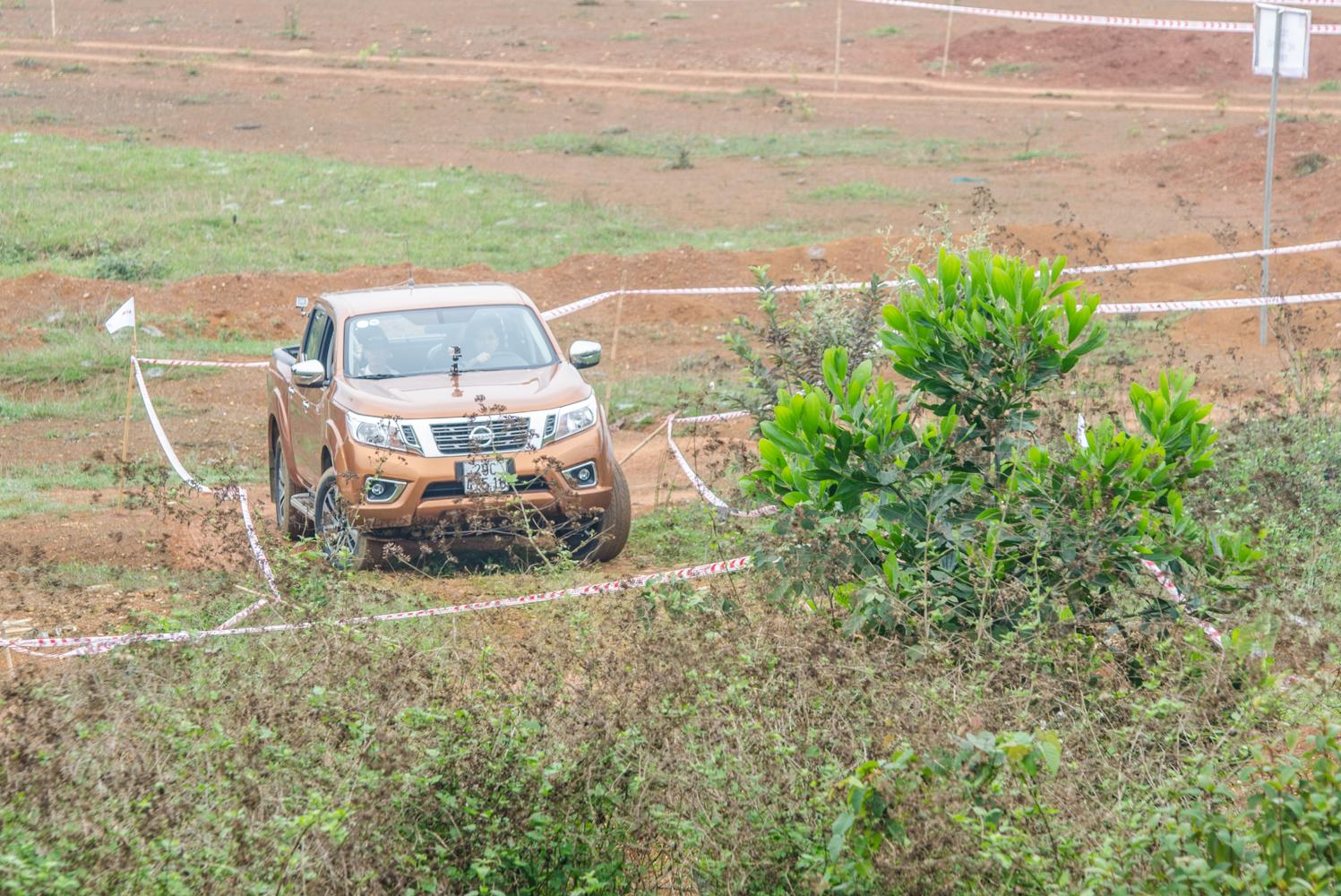 Cảm nhận ban đầu Nissan Navara NP300 2015 19