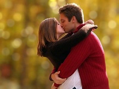 Tác dụng bất ngờ khi thường xuyên ôm, hôn 4