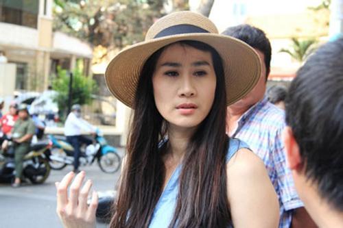 Diễn viên Thân Thúy Hà gặp tai nạn bất ngờ trên phố Sài Gòn 2