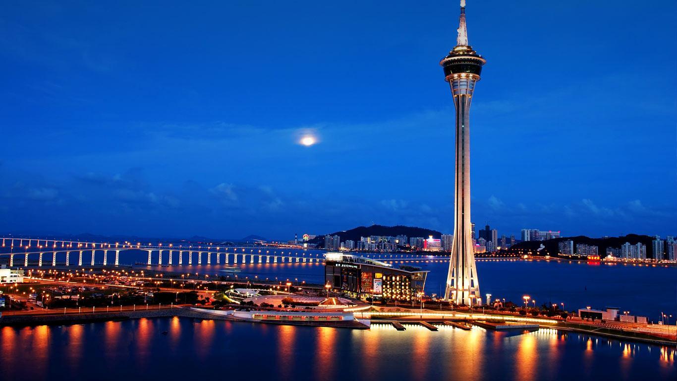 5 tháp truyền hình nổi tiếng thế giới 12