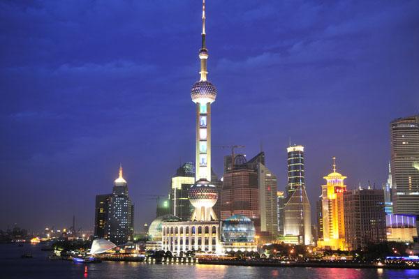 5 tháp truyền hình nổi tiếng thế giới 13