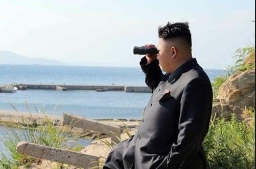 Hình ảnh Triều Tiên bắn 7 tên lửa, Kim Jong-un đích thân giám sát số 1