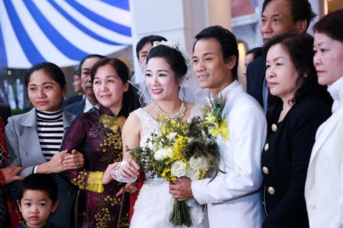 Đám cưới Thanh Thanh Hiền - Chế Phong như liveshow âm nhạc 5