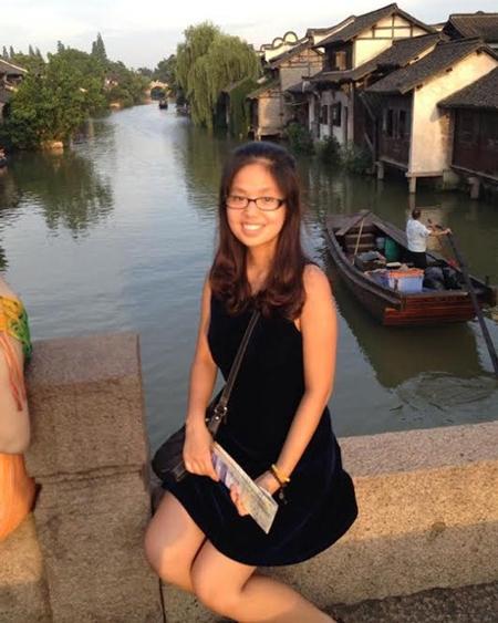 Chân dung những nữ sinh Việt từng được diện kiến Tổng thống Mỹ 5