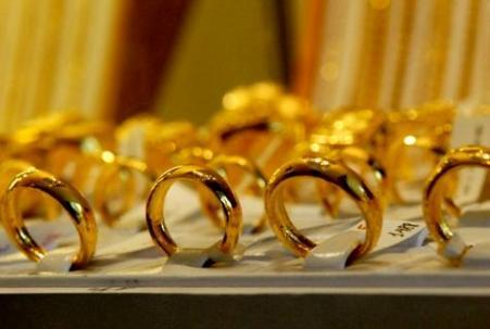 Hình ảnh Giá vàng 9/3: Vàng giảm 30.000 đồng/lượng số 1