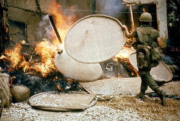 47 năm thảm sát Mỹ Lai: Lời xin lỗi muộn màng của lính Mỹ 5