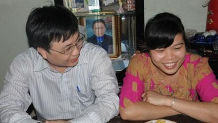 Con gái liệt sĩ đảo Gạc Ma được nhận vào làm ở BV huyện Diễn Châu 4