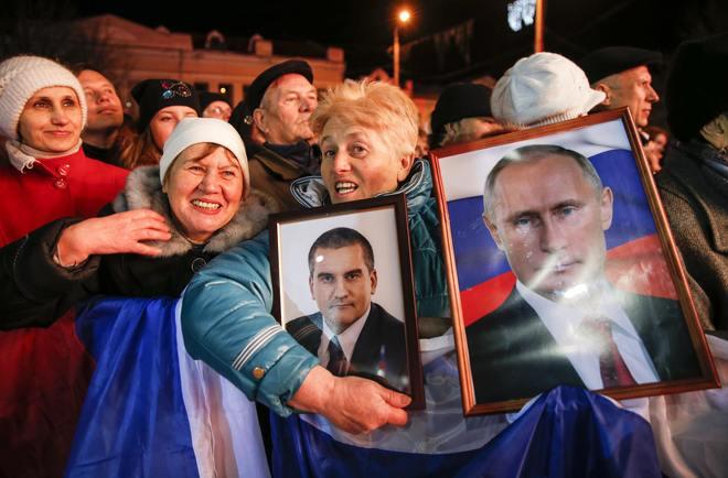 Người dân Crimea tưng bừng kỷ niệm 1 năm sáp nhập Nga 11