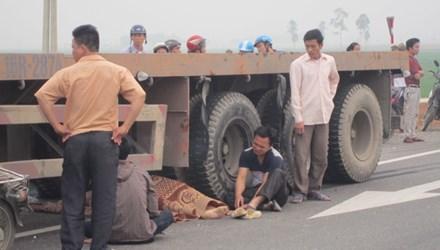 Trên đường đi làm, người đàn ông chết thảm dưới gầm ô tô 5
