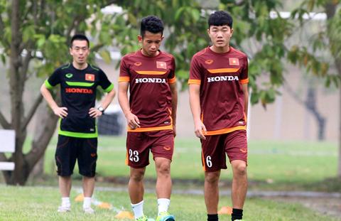 HLV Miura xúc động nói lời chia tay 5 cầu thủ U23 Việt Nam 6
