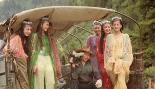 Hình ảnh hậu trường hài hước trong phim Tây Du Ký năm 1986 16