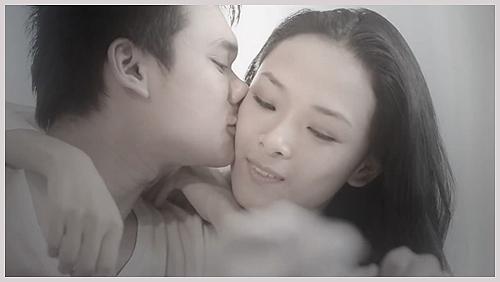 Khắc Việt từng có tình cảm, thân thiết bên Hoa hậu Trương Hồ Phương Nga 4