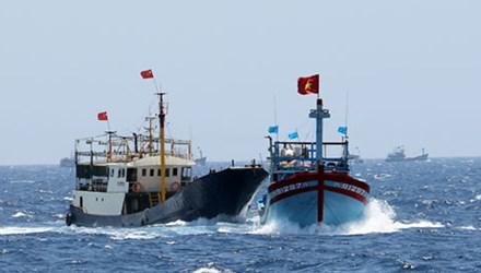 Tàu cá Việt Nam bị tàu Trung Quốc tấn công ở Hoàng Sa 5