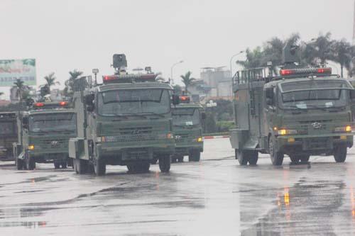 Video: Dàn xe thiết giáp, bọc thép chống đạn bảo vệ IPU 132 4