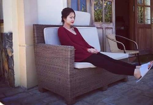 Facebook sao Việt 24/3: Kim Hiền khoe bụng bầu thon gọn ở tháng thứ 5 5