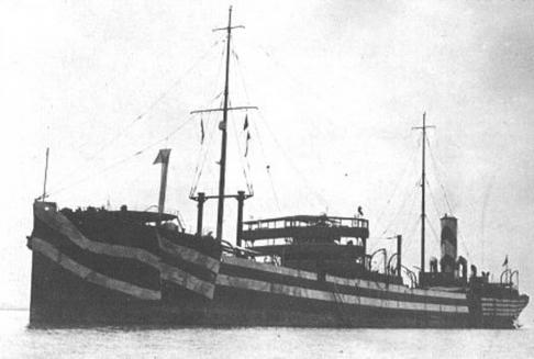 Thợ lặn giăng cờ TQ trên xác tàu chiến Nhật, căng thẳng lại tăng cao 6