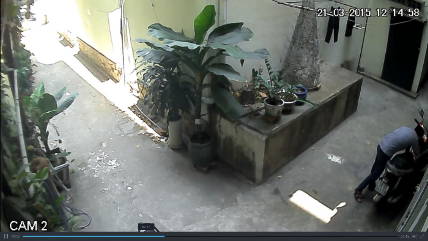 Video: Trộm ngang nhiên vào nhà bẻ khóa xe Air Blade 4