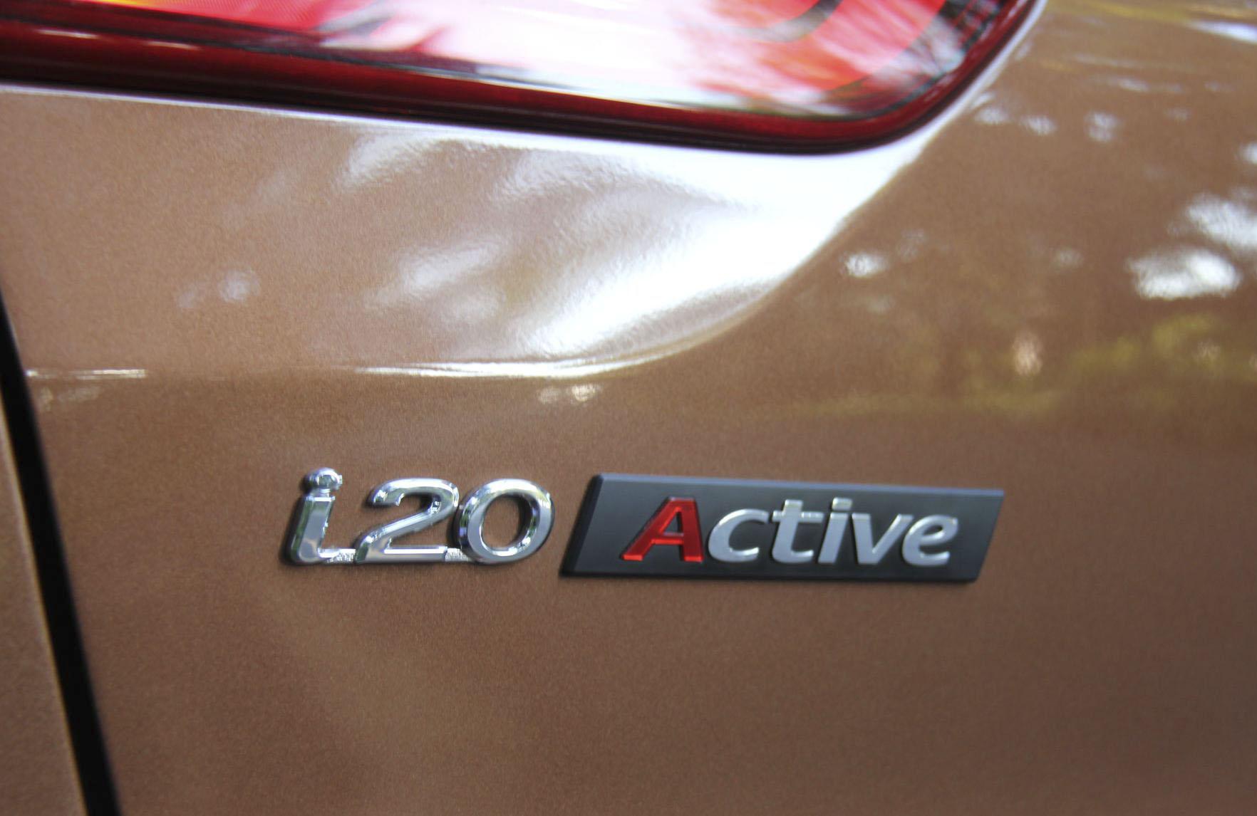 Đánh giá ban đầu về Hyundai i20 Active 14