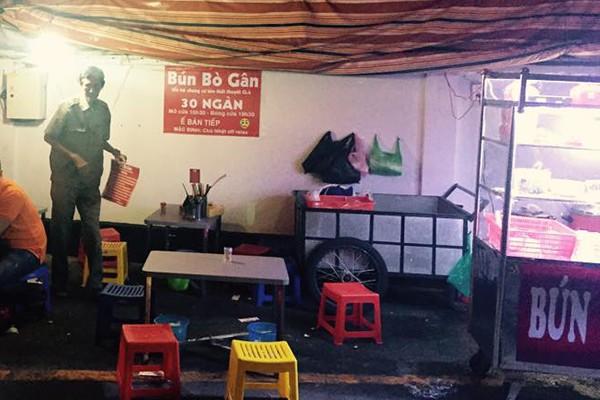 """Bảng nội quy """"bá đạo"""" nhất Sài Gòn bị tịch thu 5"""