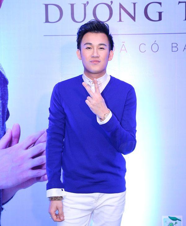 Mai Hồ 'hở táo bạo' tới mừng Dương Triệu Vũ ra mắt album 4
