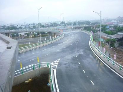 Ngắm cầu vượt 3 tầng lớn nhất Việt Nam  8
