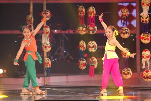 Vietnam's Got Talent: Sốt với cặp song sinh nhí nhảy múa cùng ca trù 9