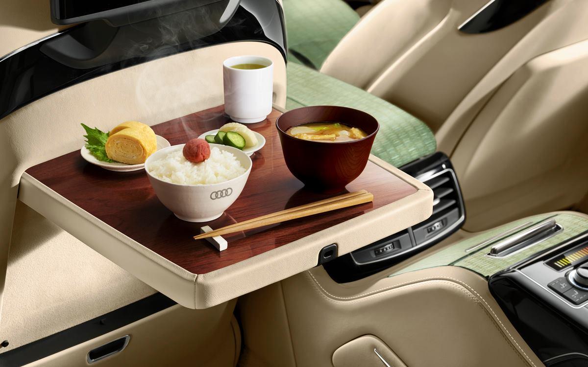 Audi giới thiệu A8L phiên bản Việt Nam đặc biệt, có thể nấu cơm trên xe 4