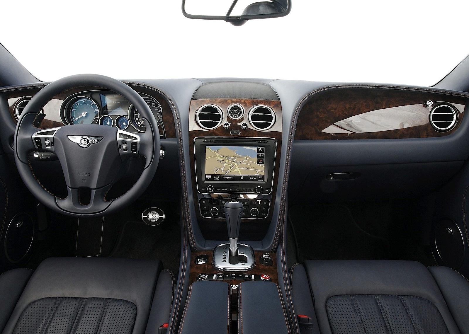Hình ảnh Bentley GT của hoa hậu Khánh My có gì hấp dẫn? số 4