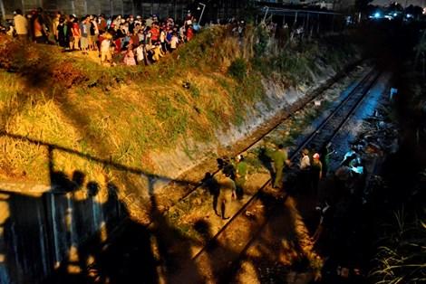 Thanh niên bị tàu hỏa kéo lê hàng trăm mét, thi thể không còn nguyên vẹn 2