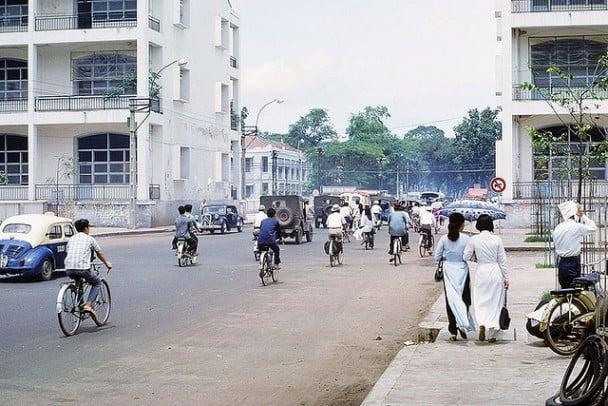 Cộng đồng mạng mê mẩn với bộ ảnh Sài Gòn xưa cực đẹp 16
