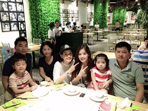 Lý do khiến Chi Pu đứng vững trong showbiz Việt 1