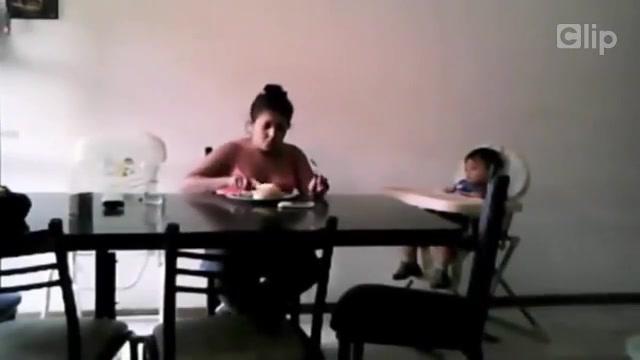 Video cô giáo rượt đuổi học sinh hot nhất internet trong tuần qua 9