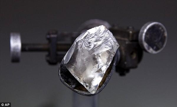 Chiêm ngưỡng viên kim cương 100 carat có giá hơn 500 tỷ đồng 7