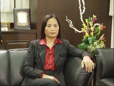 """Mốt lấy """"phi công"""" của các nữ tỷ phú giàu nhất Trung Quốc 5"""