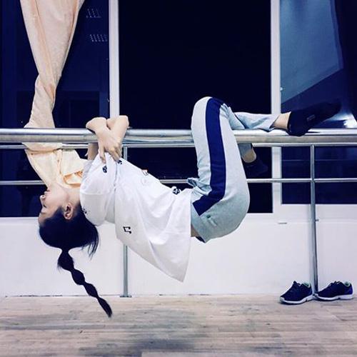 Chi Pu dốc sức tập luyện cho đêm thi chung kết Bước nhảy hoàn vũ 2015 1