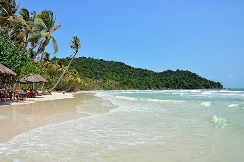 """5 bãi biển """"hot"""" nhất trong mùa du lịch 30/4- 1/5 tại Việt Nam 1"""
