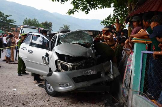 Vụ xe ô tô đi đám tang gặp tai nạn, 3 người chết: Xác định nguyên nhân 1