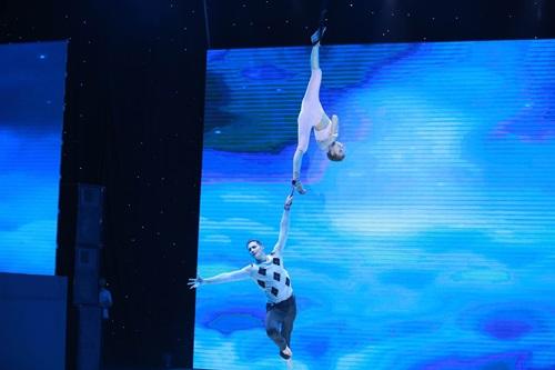 Chung kết Bước nhảy hoàn vũ 2015: Ninh Dương Lan Ngọc lên ngôi Quán quân 11