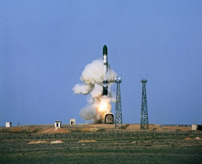 Khám phá tên lửa đạn đạo xuyên lục địa RS-36M lớn nhất thế giới 1